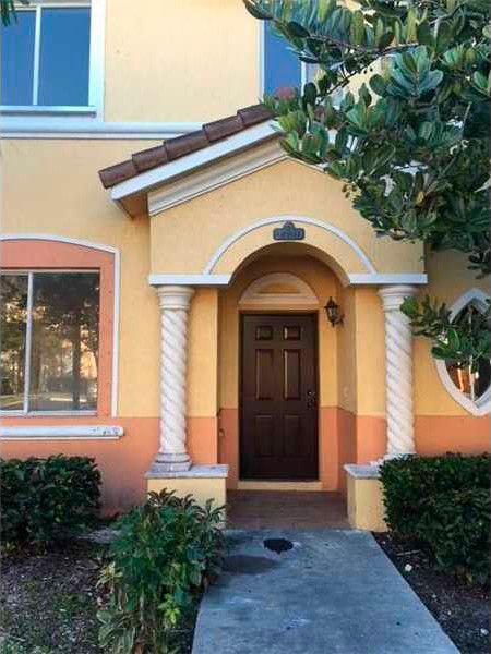 2720 SE 15th Rd # 13 Homestead, FL 33035